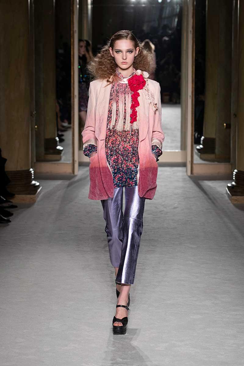 Tendenze moda autunno inverno 2020 2021. I nuovi colori di moda. Sfilata Alberta Ferretti. Photo: courtesy of Alberta Ferretti