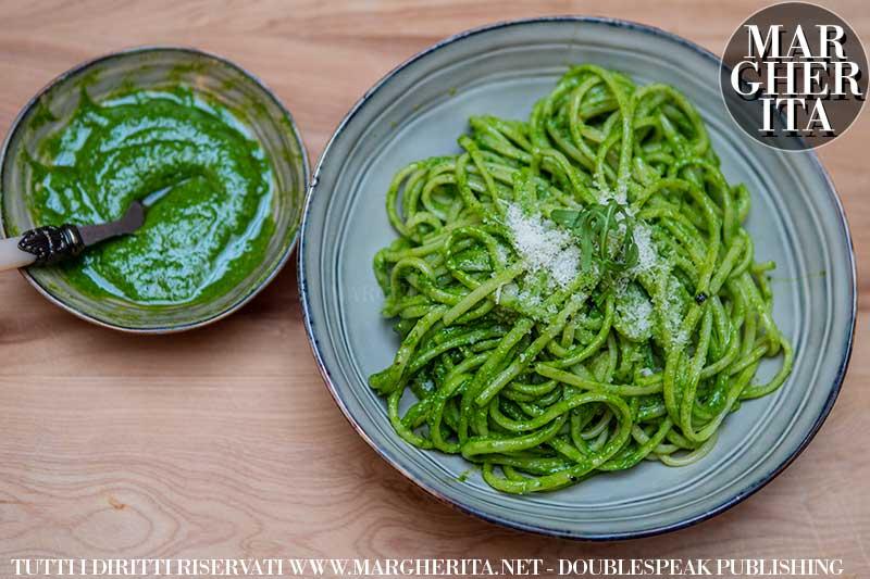 Ricetta del pesto alla rucola - Le ricette di cucina di Margherita.net