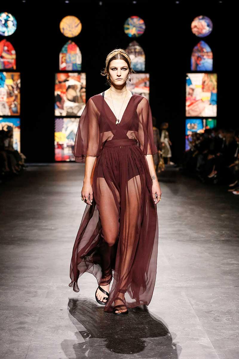 Tendenze moda 2021. Ecco le tendenze moda che continueremo a vedere nel 2021 - Foto Dior