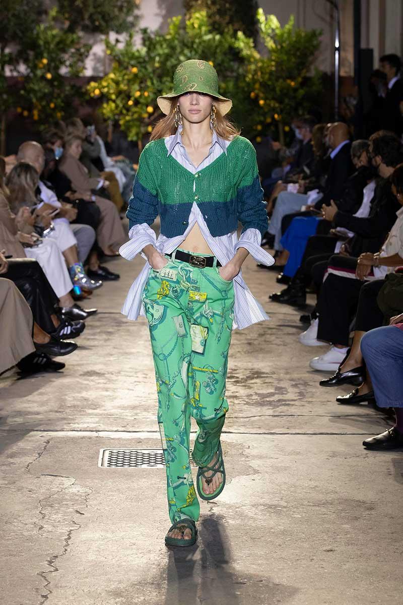 Tendenze moda primavera estate 2021: (l'abito) camicia