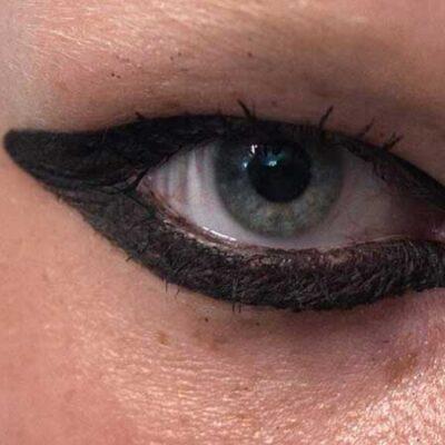 Tendenze trucco primavera estate 2021. Focus sugli occhi. Torna l'eyeliner (e questa volta si fa sul serio!)