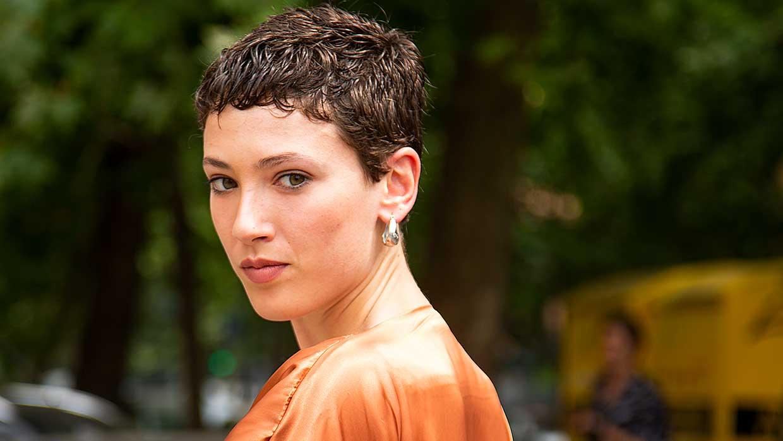 Trend capelli 2021. ecco il taglio di capelli corti più cool della fashion week