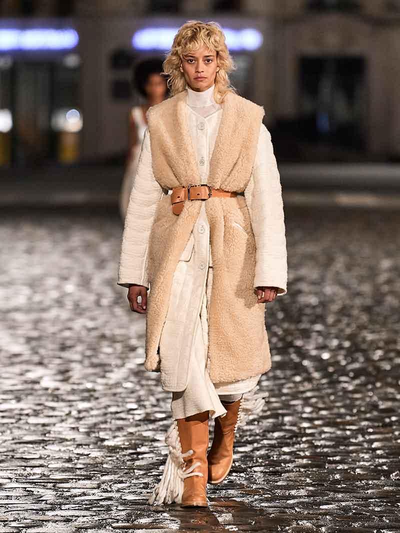Moda accessori autunno inverno 2021 2021. Le più belle tendenze stivali - Photo Courtesy of Chloe