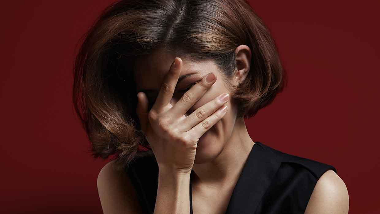 La mancanza di autostima e le sue cause più frequenti (e i rimedi)