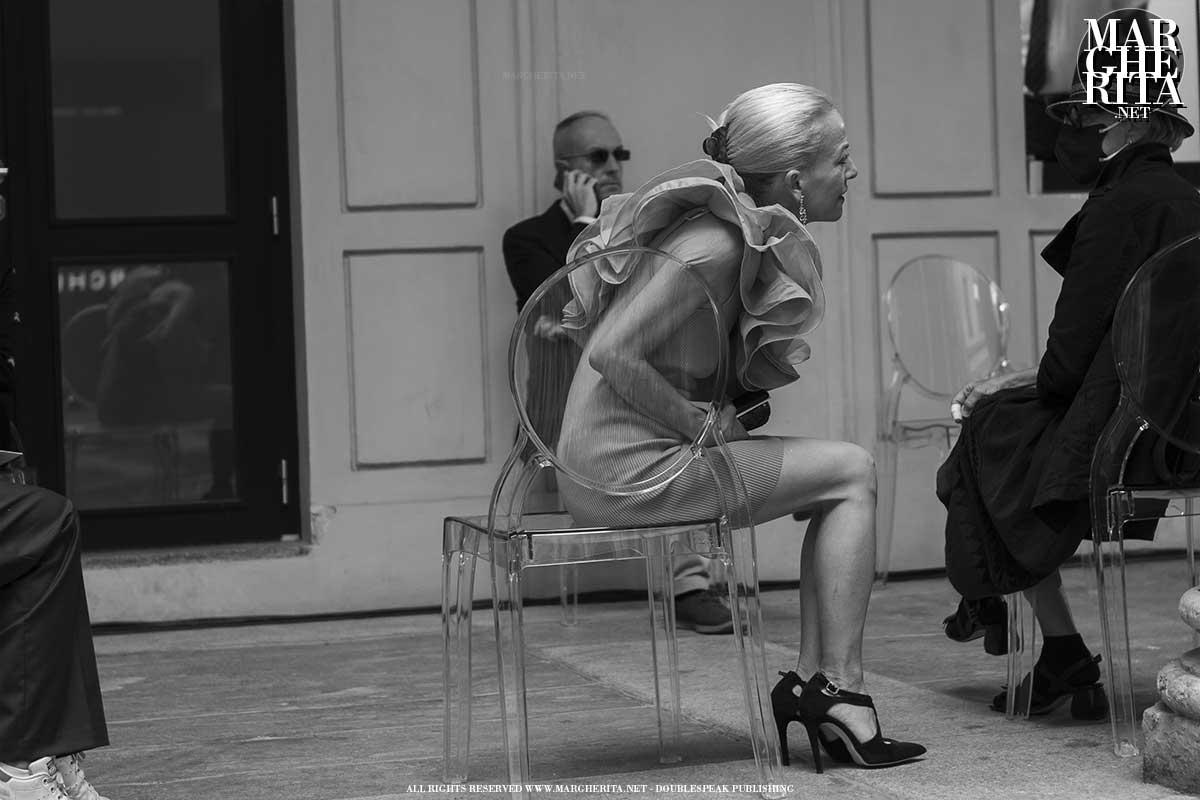 Milano Fashion Week Primavera Estate 2022 - Foto Street Style - ADVERSUS