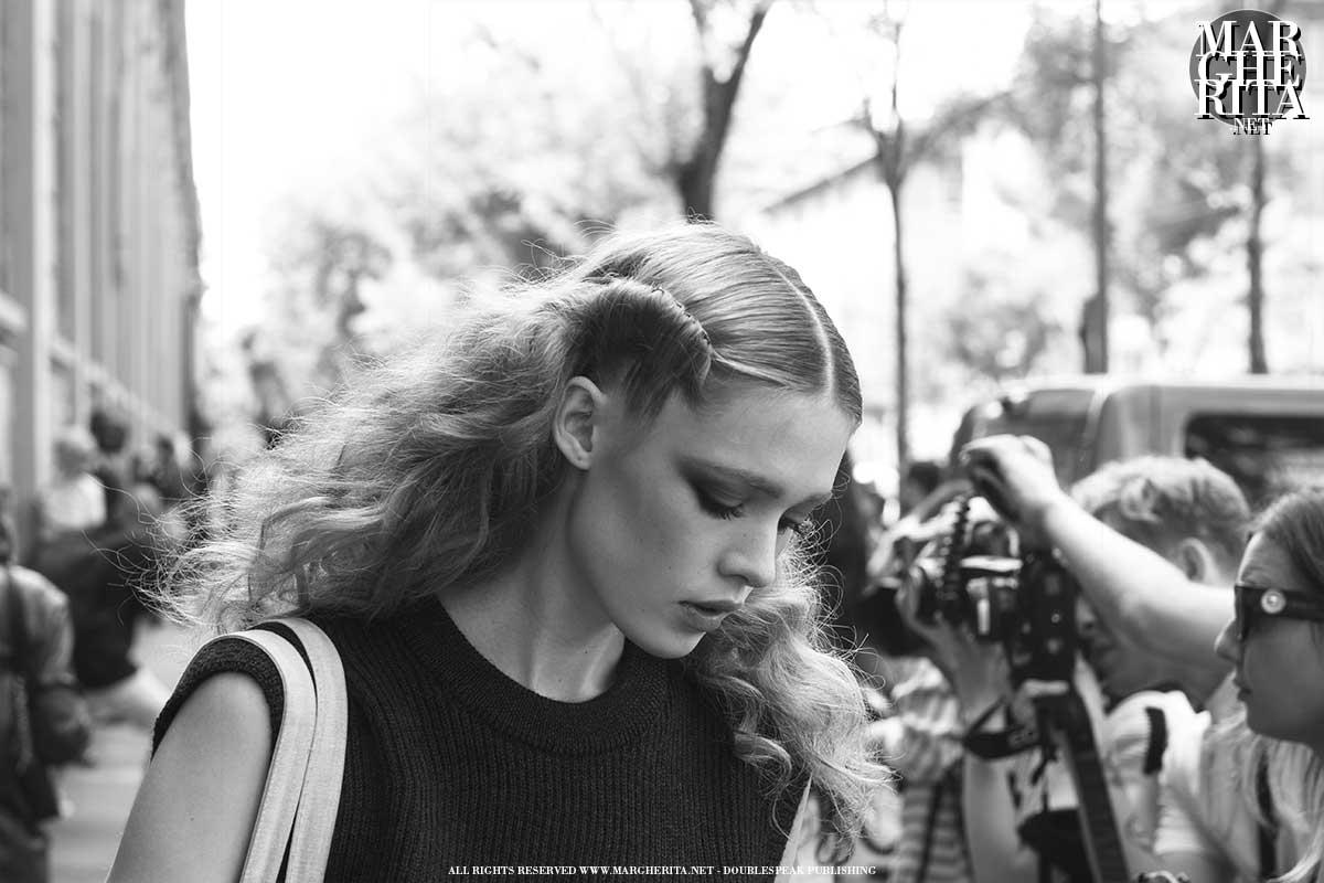 Milano Fashion Week Primavera Estate 2022 – Foto Street Style – Photo ADVERSUS