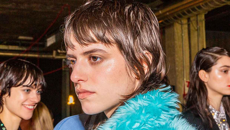 Nuove tendenze capelli inverno 2021 2022 - Foto Charlotte Mesman
