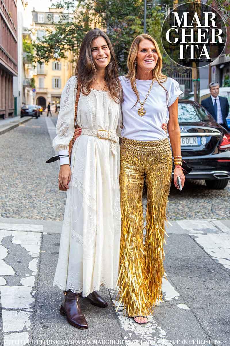 Moda streetstyle donna autunno inverno 2021 2022. 16 Consigli di stile per te. Foto: Charlotte Mesman